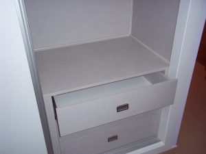 Ejemplo de armario vestidor hecho a medida por Mobil Servi