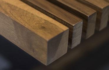 Muebles rusticos de madera hechos a medida para cocinas, baños o salon. Diseñamos y fabricamos todo tipo de muebles de madera.