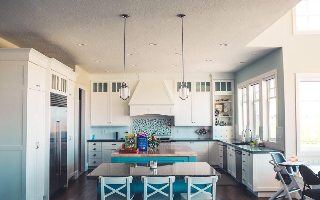 ¿Cómo reformar mi cocina para convertirla en una cocina americana con isla?