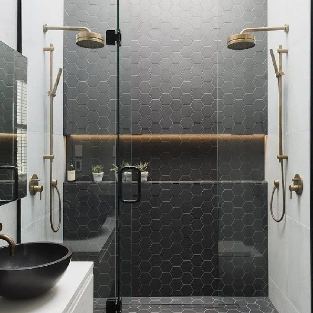 Mamparas para duchas y bañeras sin perfiles, totalmente acristaladas. Mamparas invisibles, ultima tendencia en reformas de baños