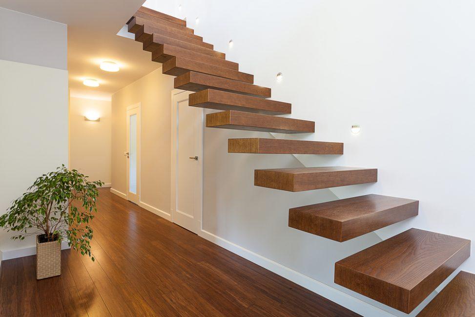 Escaleras suspendidas o flotantes, un signo contemporaneo de los espacios abiertos